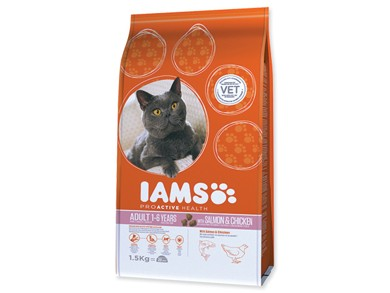 Iams Cat rich in Salmon
